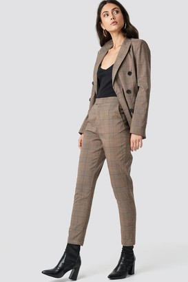 Na Kd Classic Creased Checkered Suit Pants Brown Check