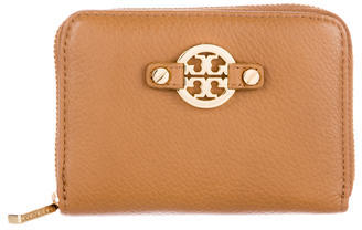 Tory Burch Tory Burch Logo Compact Wallet