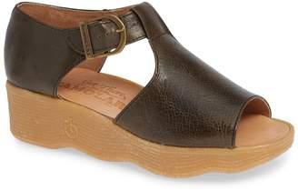 Famolare Moley Poley Sandal