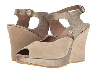 Cordani Wyoming Women's Wedge Shoes