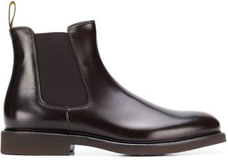 Doucal's pull-on Chelsea boots