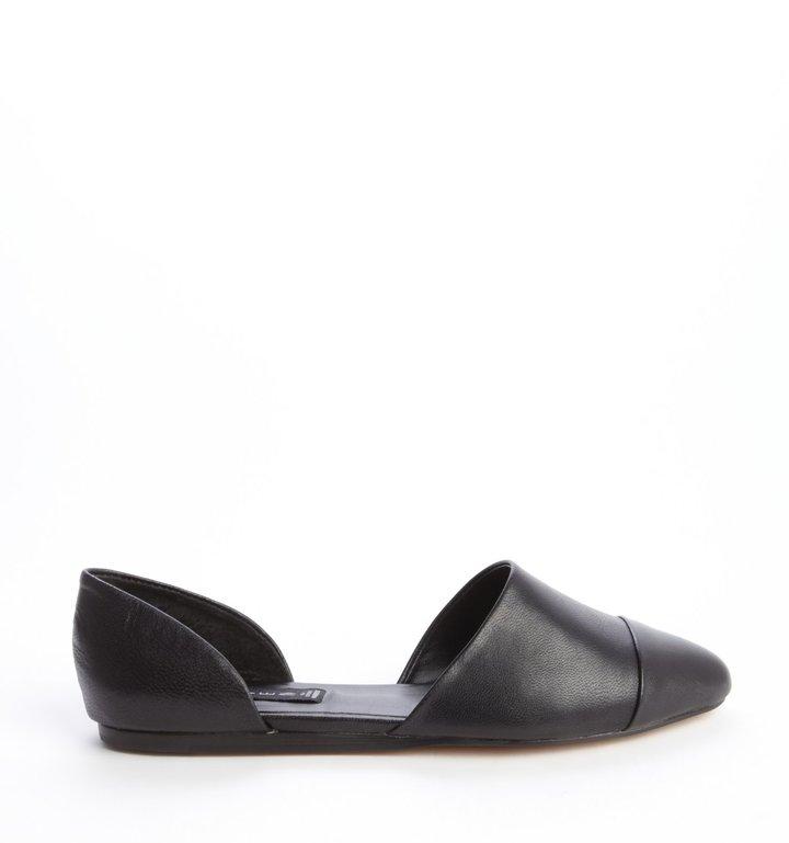 Steve Madden black leather d'orsay 'Saxon' flats