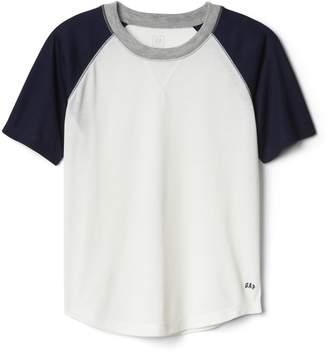 Gap Raglan Graphic T-Shirt