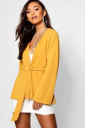 boohoo Petite Kimono Sleeve Belted Blazer