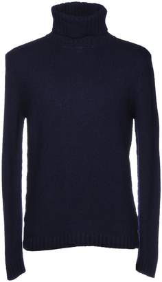 Crossley Turtlenecks - Item 39759860KA