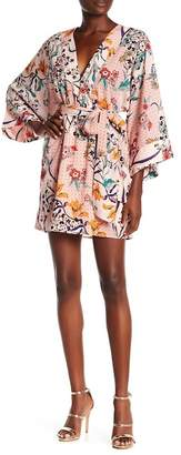 ALLISON NEW YORK 3/4 Dolman Sleeve Floral Kimono Dress