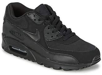 Nike 90 essential