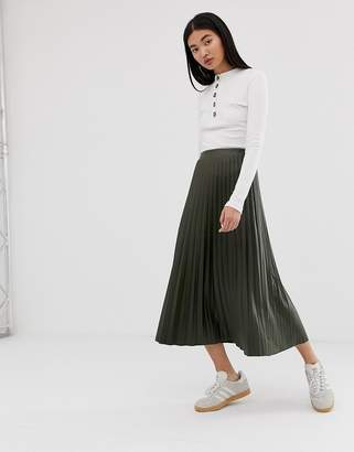 Asos Design DESIGN leather look pleated midi skirt