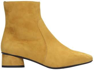 Fabio Rusconi Low Heels Ankle Boots In Yellow Suede