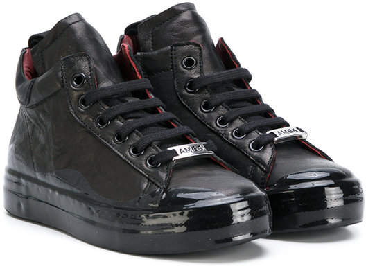 Am66 high-top trainers