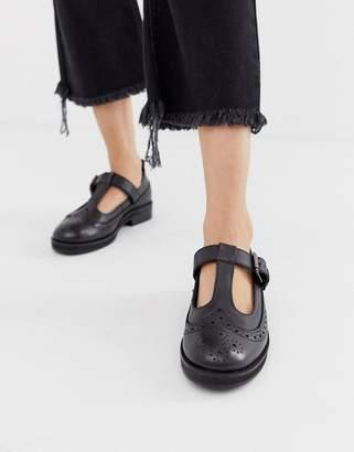 Asos Design DESIGN Moral leather flat shoes in black