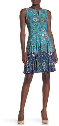 Gabby Skye Paisley Printed Jersey Knit Sleeveless Dress