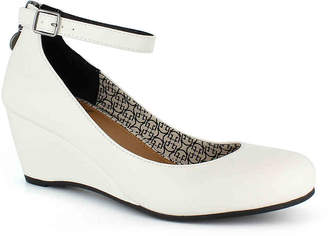 Daisy Fuentes Tessa Wedge Pump - Women's