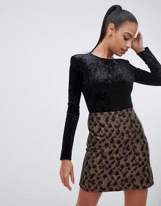 PrettyLittleThing long sleeve velvet body in black