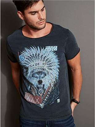 GUESS Men's Short Sleeve Chief Wolf Crew Neck Tee