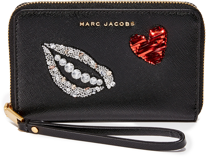 Marc JacobsMarc Jacobs Sequin Hand to Heart Zip Wristlet
