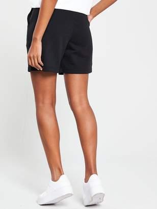 Nike Sportswear Classic Shorts - Black