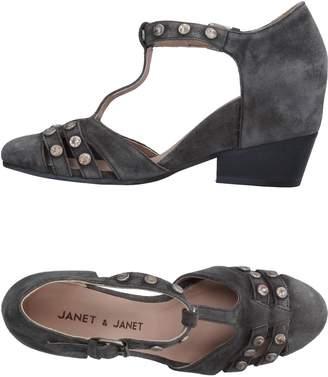Janet & Janet Pumps