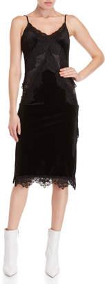 Romeo & Juliet Couture Romeo + Juliet Couture Lace Trim Velvet Slip Dress
