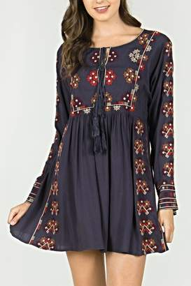 Monoreno Mur Embroidered Bohemian Dress