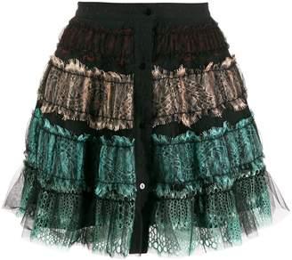 Wandering lace ruffled skirt