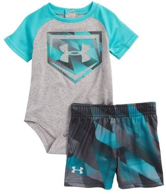 Under Armour Electric Field Baseball HeatGear(R) Bodysuit & Shorts Set