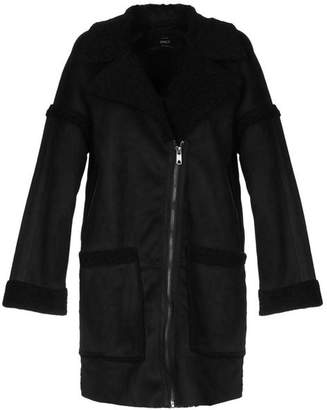 Only Coat