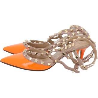 Valentino Rockstud Orange Patent leather Heels