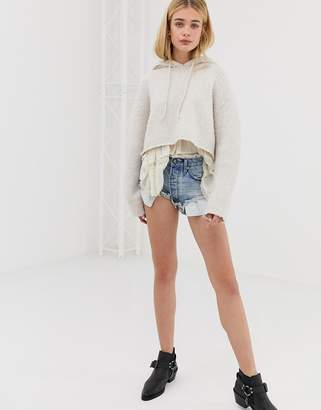 One Teaspoon Rollers mid waist short with extreme raw hem