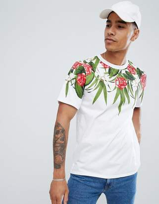 Pull&Bear t-shirt in white with floral print