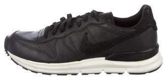 Nike Lunar Stingray Sneakers