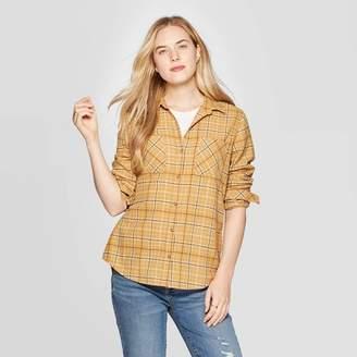 Universal Thread Women's Plaid Long Sleeve Cotton Flannel Shirt - Universal ThreadTM Gold