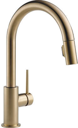 Delta Trinsic Pull Down Single Handle Kitchen Faucet with MagnaTite Docking and Diamond Seal Technology