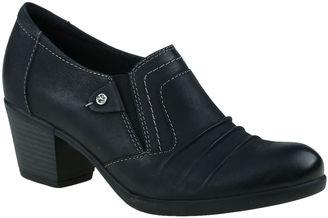 EARTH ORIGINS Earth Origins Kacie  Womens Slip-On Shoes $110 thestylecure.com