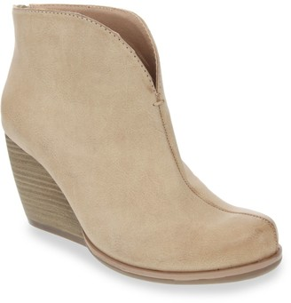 Sugar Hyde Women's Western Ankle Wedge Boots