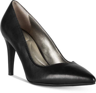 Bandolino Fatin Pointed-Toe Pumps Women's Shoes