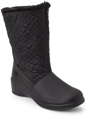 totes Black Jonie Quilted Snow Boots $65 thestylecure.com