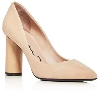 Oscar de la Renta Women's Suede Pointed Toe Pumps