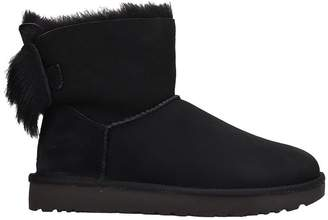 UGG Fluff Mini Bow Boots