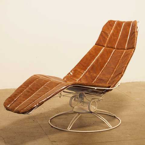 FORT Wire Frame Chaise Lounge