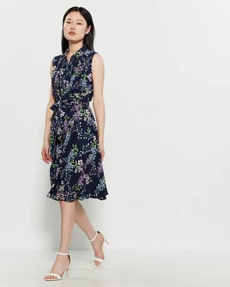 ae089639d0 $39.99 $128 Nanette LeporeNanette Floral Pintuck Belted Shirtdress