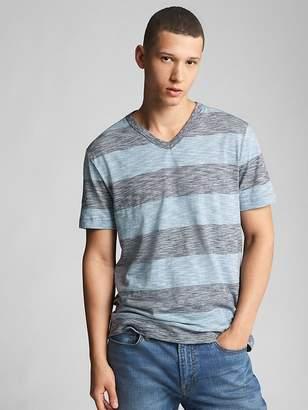 Gap Stripe Short Sleeve V-Neck T-Shirt in Slub Cotton
