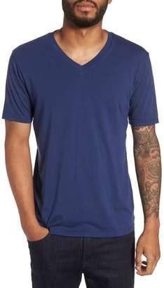 Blend of America Goodlife Classic Supima Cotton V-Neck T-Shirt