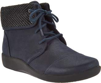 Clarks CLOUDSTEPPERS by Lace-up Ankle Boots - Sillian Frey