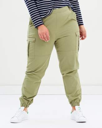 ICONIC EXCLUSIVE - Lucy Utility Pants