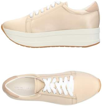 Vagabond SHOEMAKERS Low-tops & sneakers - Item 11227070TD