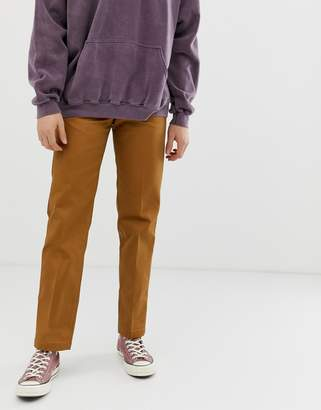 Dickies 873 work pant chino in straight fit in brown duck