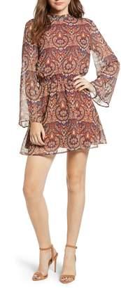 Cupcakes And Cashmere Malory Paisley Print Dress