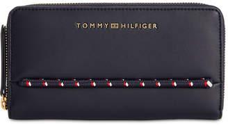 Tommy Hilfiger Devon Zip Wallet