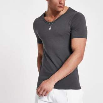 River Island Mens Grey muscle fit scoop neck T-shirt